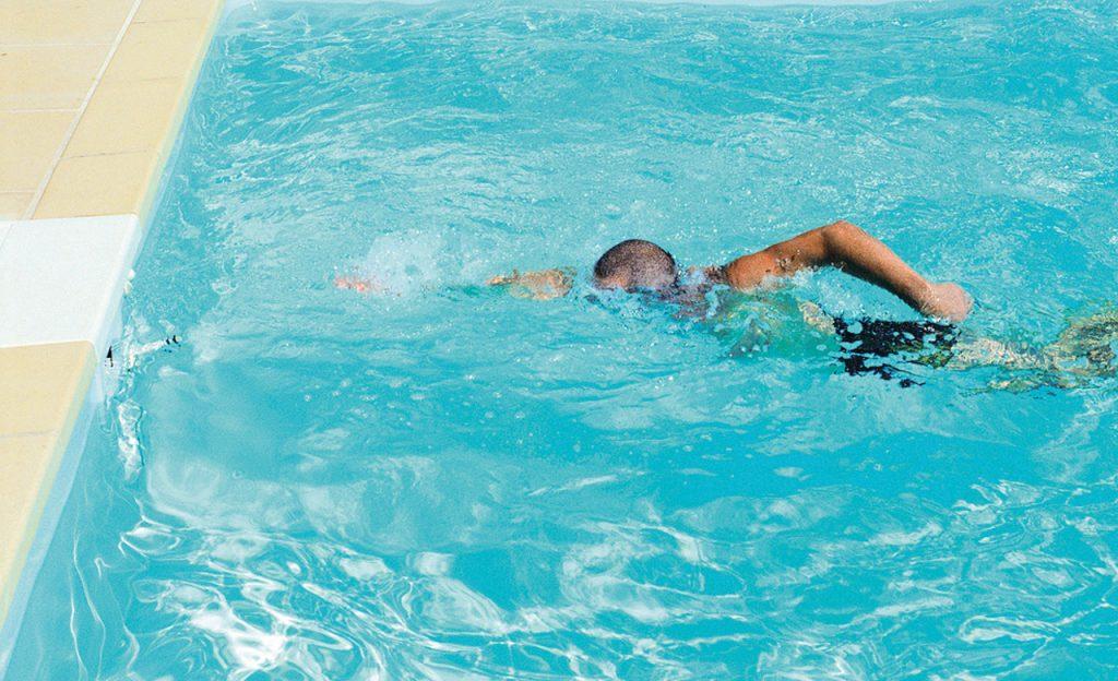 Outdoor-Pool für Sport und Fitness
