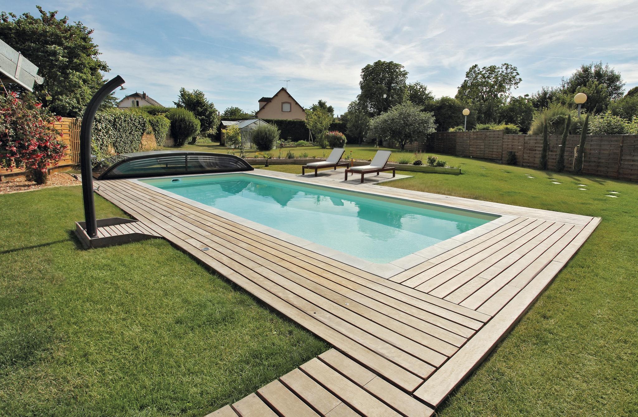 Niedrige pool berdachung desjoyaux pools for Pool komplettangebot