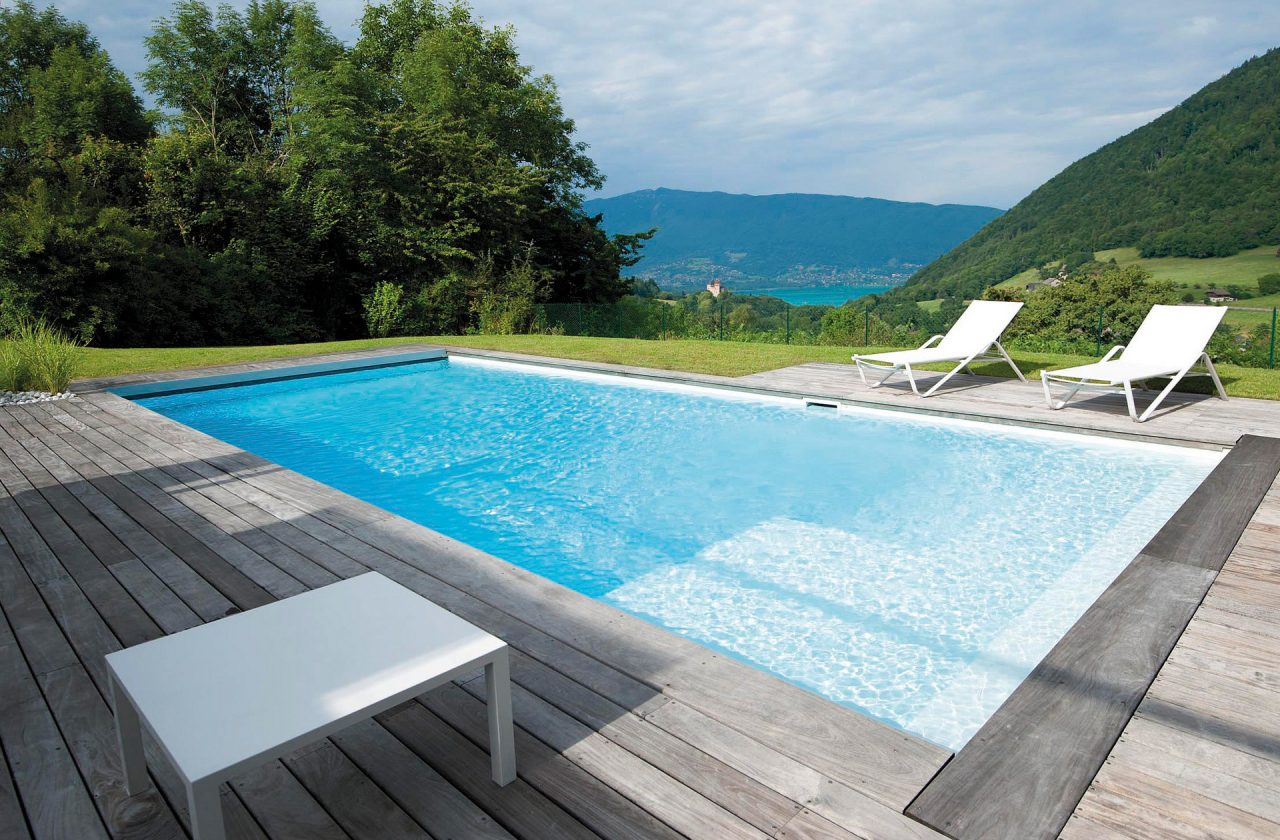 Pool bildgalerie swimmingpool referenzen desjoyaux pools - Runder pool im garten ...