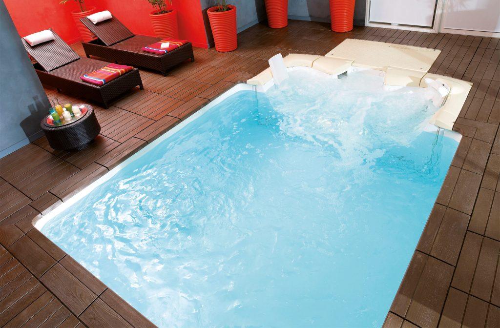 Wellness Indoor-Pool 2,5 m x 2,5 m