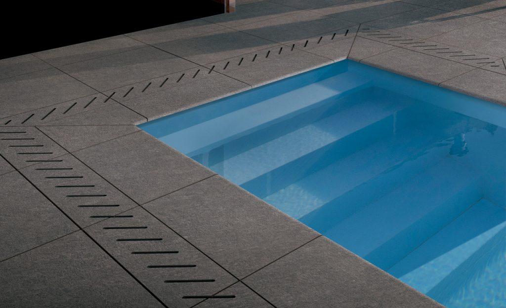 Beckenumrandung Pool-Randsteine individuell - Feinsteinzeug Fliesen grau