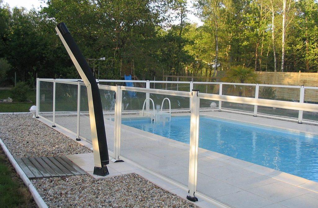 Einzäunung Schwimmbecken